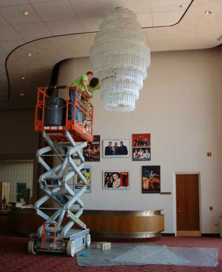 Chandelier Cleaning In Pittsburgh
